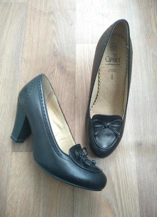 Новые туфли caprice кожа германия 38 (5) размер