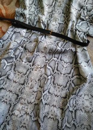 Трендовое платье-рубашка без пояса4 фото