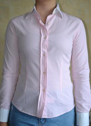 Женская рубашка в мелкую клеточку