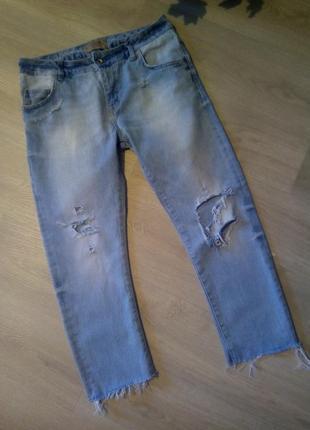Брендовые джинсы рваный низ оригинал