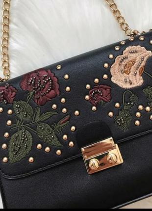 Сумка кросбоди сумочка с вышивкой