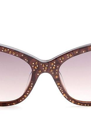 Стильные очки  guess со стразами