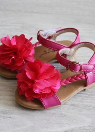 Летние босоножки сандалии