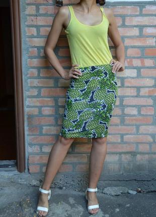 Прямая юбка с ананасами