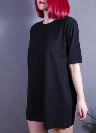 Черное свободное платье, платье футболка, длинная футболка с  принтом на спине
