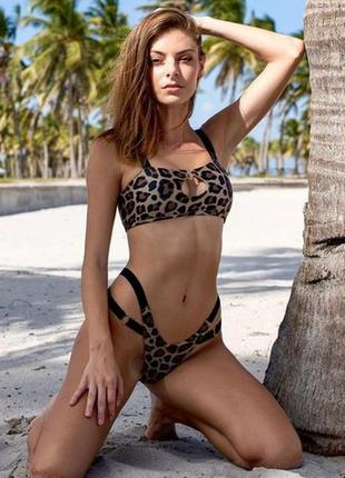 Купальник бикини леопардовый микро-топ , плавки бразилиана