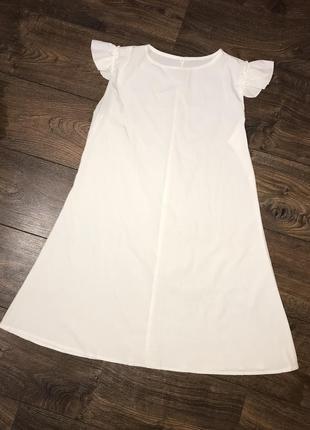 Легкое белое платье с крылышками