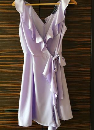 Пурпурное платье на запах с воланами atmosphere нова ціна!{накидка,плаття,сукня}