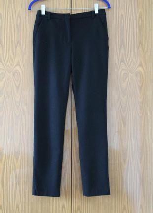 Черные брюки с карманами. женские офисные штаны