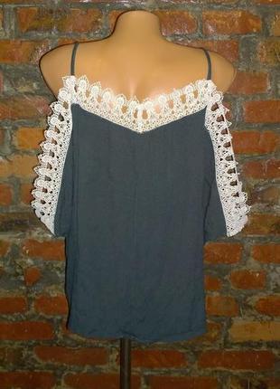 Блуза кофточка с вырезами на плечах river island2 фото