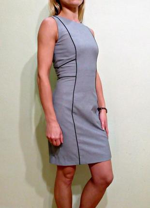 Элегантное платье по фигуре