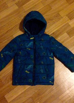 Курточка осень-весна на 3-4 года.