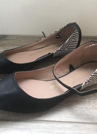 Туфли балетки шикарные