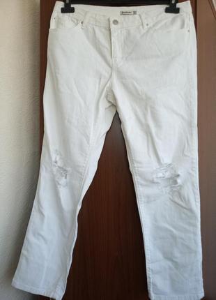 Комфортные джинсы stradivarius с высокой посадкой