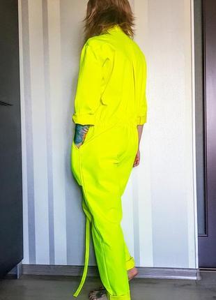 """Моднейший неоновый комбинезон """" роба"""" с карманами на кнопках 50% коттон2 фото"""