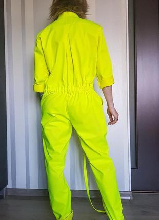 """Моднейший неоновый комбинезон """" роба"""" с карманами на кнопках 50% коттон3 фото"""