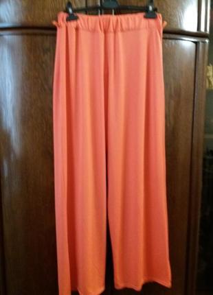 Яркие широкие коралловые брюки --12\14р -франция