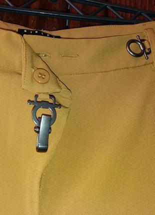 Бомбезные брюки с защипами, с карабином. горчичного цвета---sisley-10-12h италия4 фото