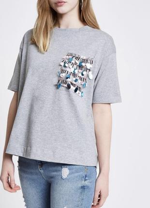 Шикарная серая футболка оверсайз  с крутым карманчиком