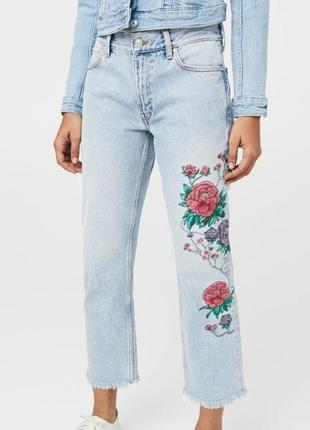 Светлые джинсы с вышивкой mango 36 размер s