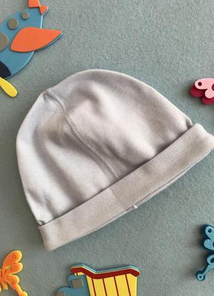 Тоненькая однослойная шапочка/чепчик на 3-6 мес на 44-46 см объём
