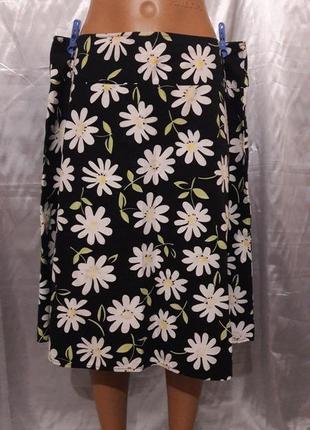 Коттоновая черная юбка с ромашками