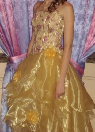 Платье на выпускной или для танцев
