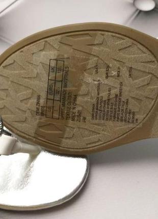 Michael kors оригинал сандалии босоножки белые с значком из сша4 фото