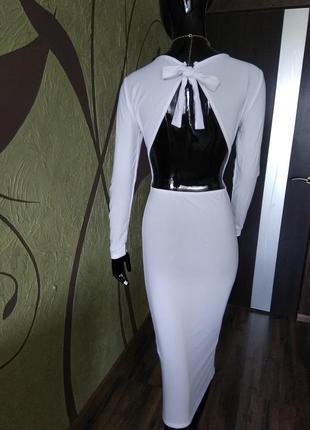 Белое платье с открытой спинкой. сезонная распродажа!!!