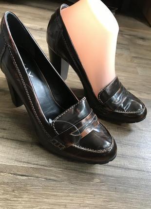 Кожаные туфли лоферы сток4 фото