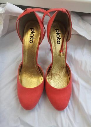 Кораловые туфли лодочки на выпускной