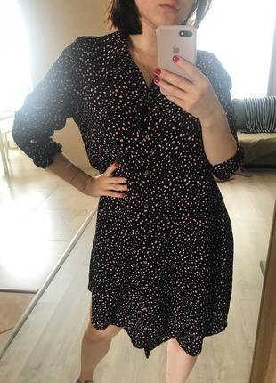 Легкое летнее платье в интересный принт1 фото