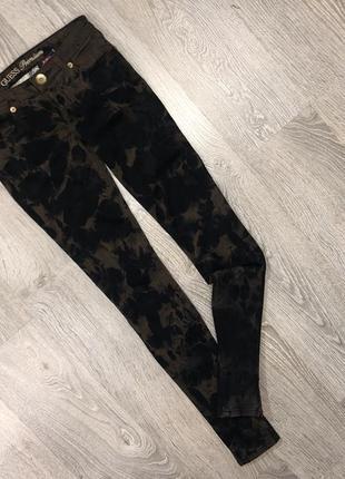 Очень крутые джинсы скинни guess