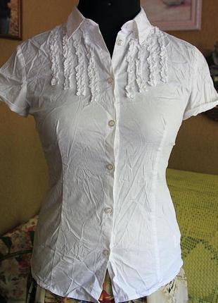 Белая блузка sisley.