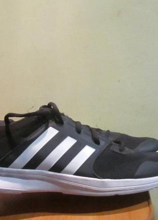 Кроссовки adidas training р.43 1/3.оригинал.сток