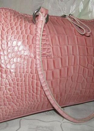 Большая , шикарнейшая сумка 100% кожа - италия