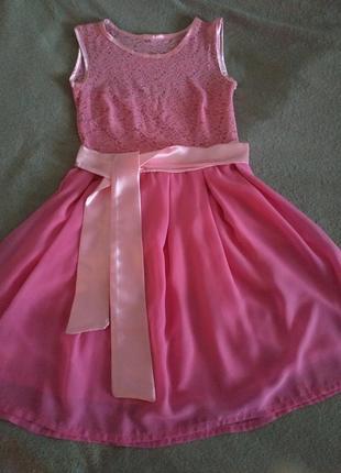 Платье кружевное нарядное