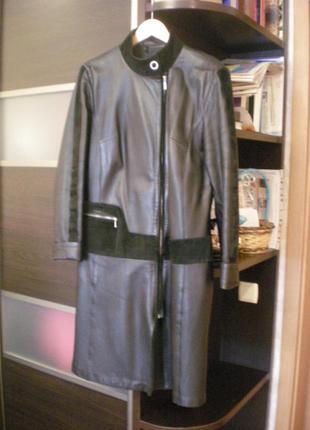 Кожаный френч, пальто,плащ
