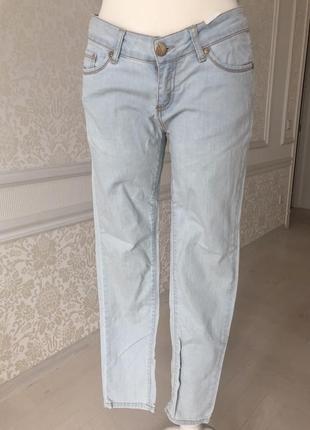 Джинсы голубые, waggon paris , размер м ( 28)