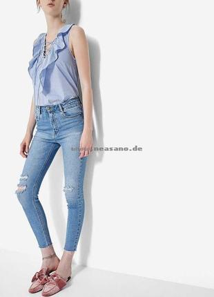 Стильные летние светлые джинсы stradivarius jeans skinny