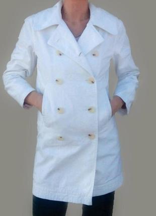 Белая джинсовая куртка плащ тренч
