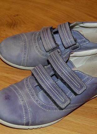 Кожаные кроссовки  ecco для девочки