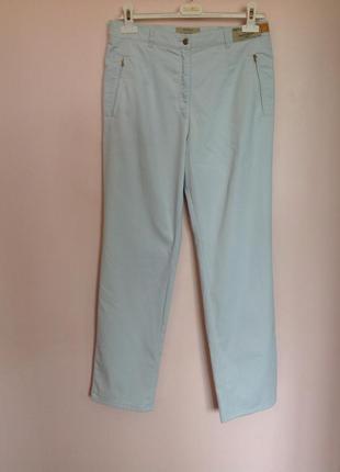 Качественные спортивно- выходные голубые брюки. /l/ brend brax