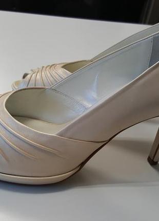 Шикарные туфли hogl