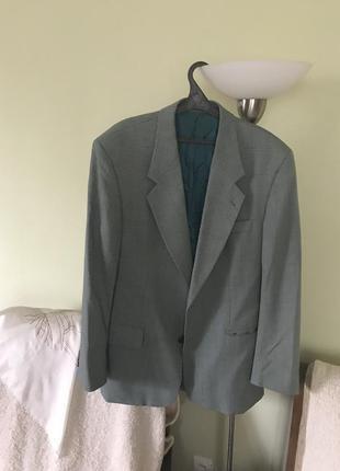 Клетчатый нежно-серо- бирюзовый пиджак(100%-шерсть ланы).wiesbaden germany