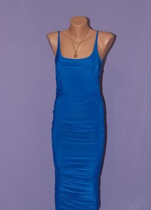 Красивое платье миди/с драпировкой по бокам