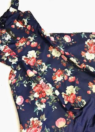 Роскошное платье в цветочный принт chi chi london8 фото