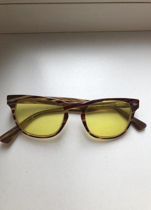 Оригинальные очки ray ban с желтыми стёклами в пластиковой оправе