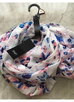 Новый фирменный легкий весенний шарф хомут в яркий принт от f&f