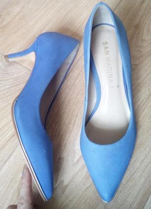 Удобнейшие фиалковые туфли из нубука